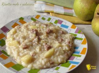 Come preparare un risotto con mele e salsiccia