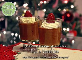Come realizzare bicchierini di cioccolato