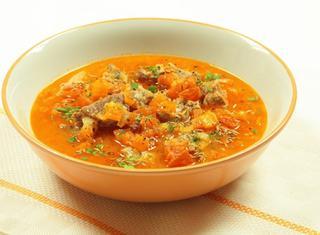 Come cucinare la zuppa di agnello