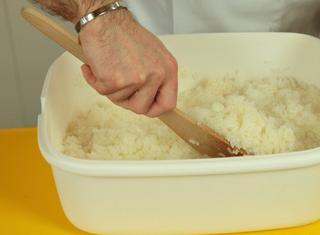 Come preparare il riso per il sushi