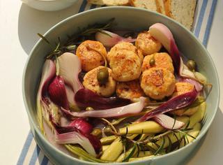 Polpette di pollo e verdure in carpione