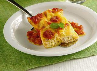 Ricetta: cannelloni pomodoro e basilico