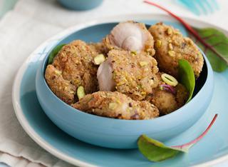 Ricetta: bocconcini di coniglio in crosta di pistacchi