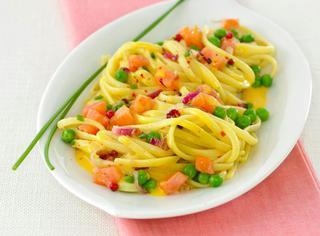 Ricetta pasta con salmone affumicato e melanzane