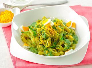 Pasta in verde con salsa mimosa