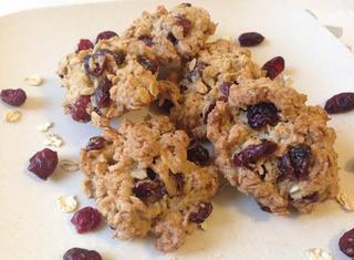 Come preparare i biscotti avena e frutta