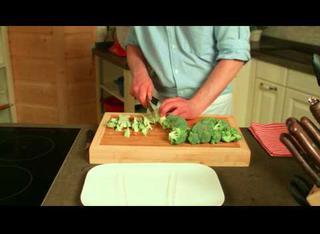 Come fare gli spaghetti broccoli gorgonzola e pancetta