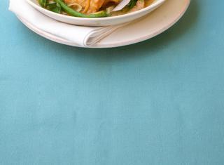 Ricetta: pollo al curry e zucchine