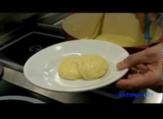 Come preparare la polenta taragna