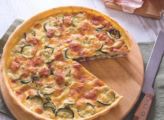 Come cucinare la torta salata di zucchine guide di cucina for Cucinare le zucchine