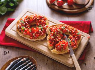 Ricetta: friselle con pomodoro e alici
