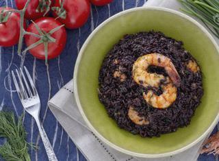 Ricetta: riso venere con code di mazzancolle