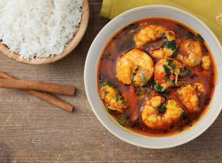 Come preparare i gamberi al curry