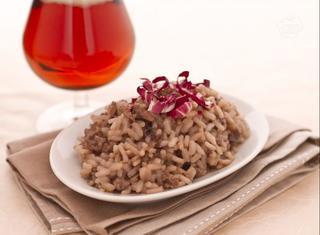Ricetta: risotto alla birra e salsiccia