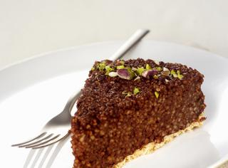 Torta al cioccolato con cous cous