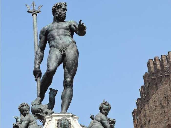 Merci à l'algorithme et au puritanisme de Facebook. Le réseau social a censuré la photo de la statue du Dieu Neptune parce qu'elle enfreint ses règles sur le contenu sexuel.