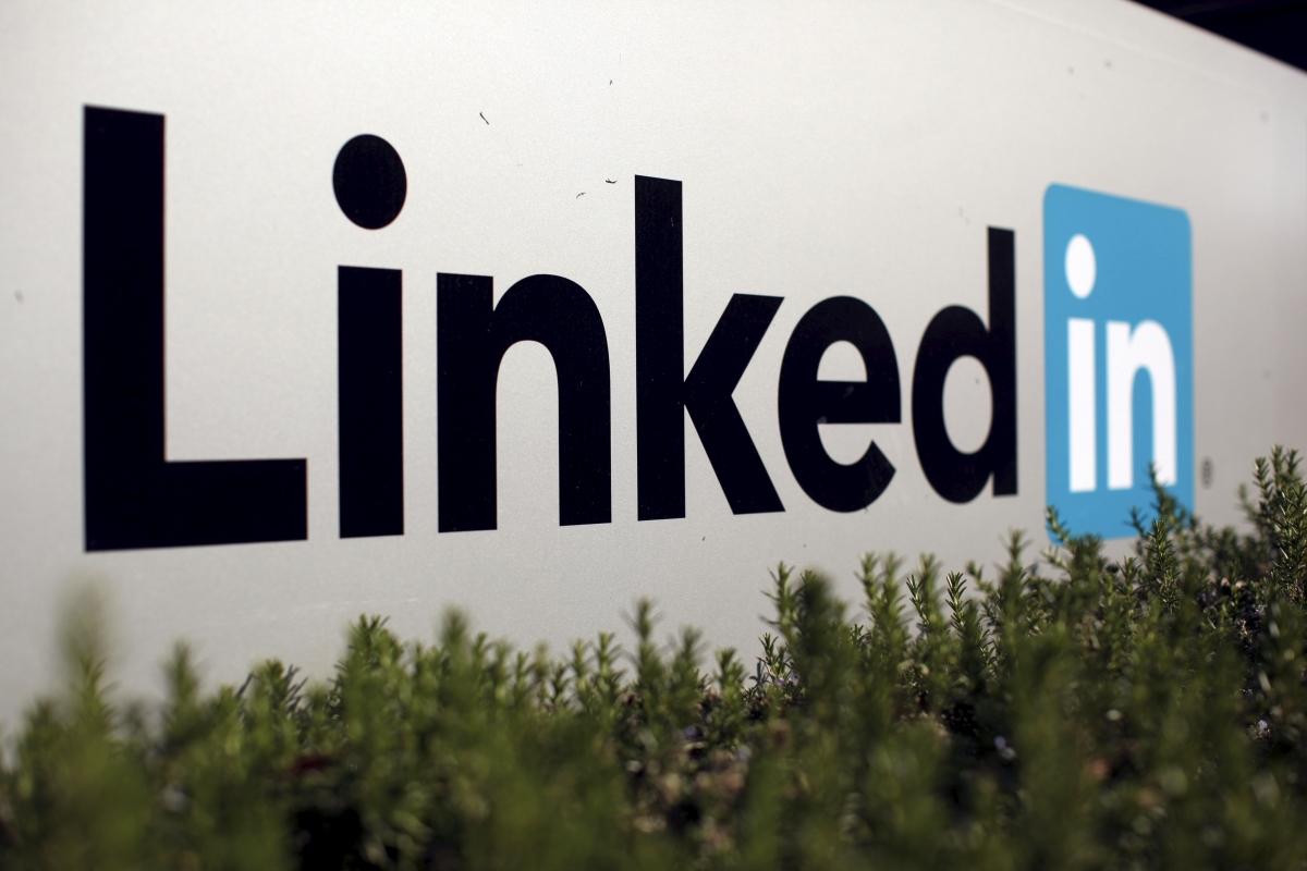 LinkedIn Sales Tips