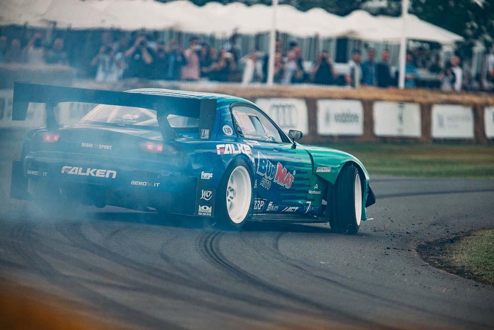 Kom og opplev kongen av drifting, James Deane sin Mazda RX7 FD35.