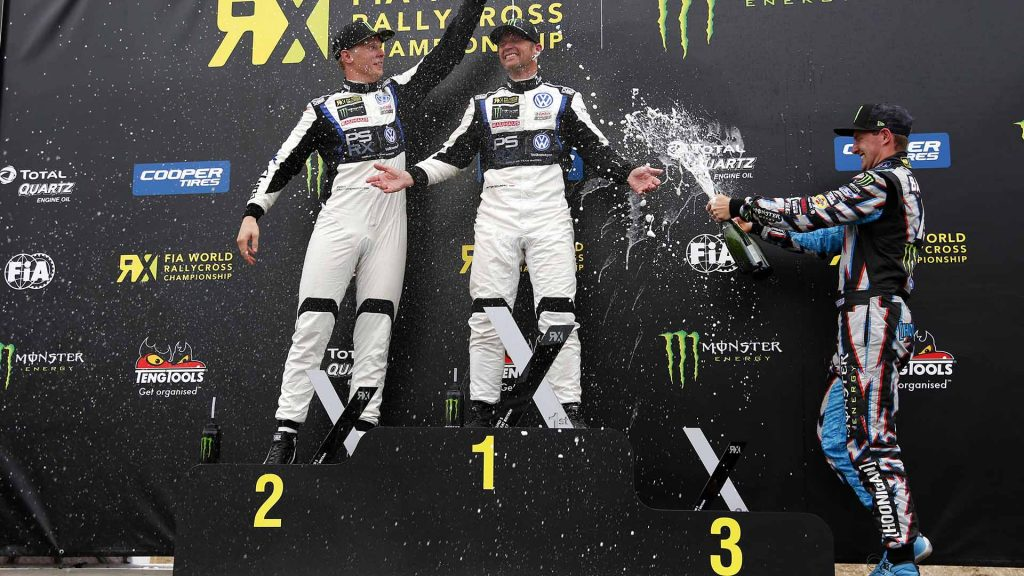 Johan Kristoffersson, Petter Solberg og Andreas Bakkerud på podiummet.
