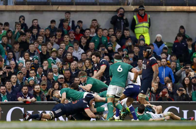 Conor Murray dots down from close range against the French. ©INPHO/Colm O'Neill