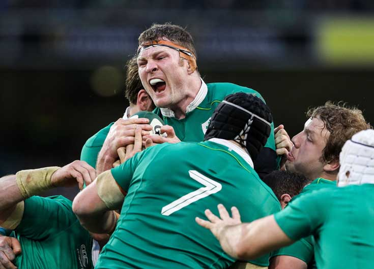 Donnacha Ryan 'bossing it' at maul time in Ireland's magnificent final-round win over England at the Aviva Stadium. ©INPHO/Billy Stickland