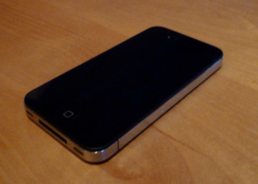 Iphone 4 Black Used External Image