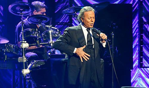 Julio Iglesias Christchurch