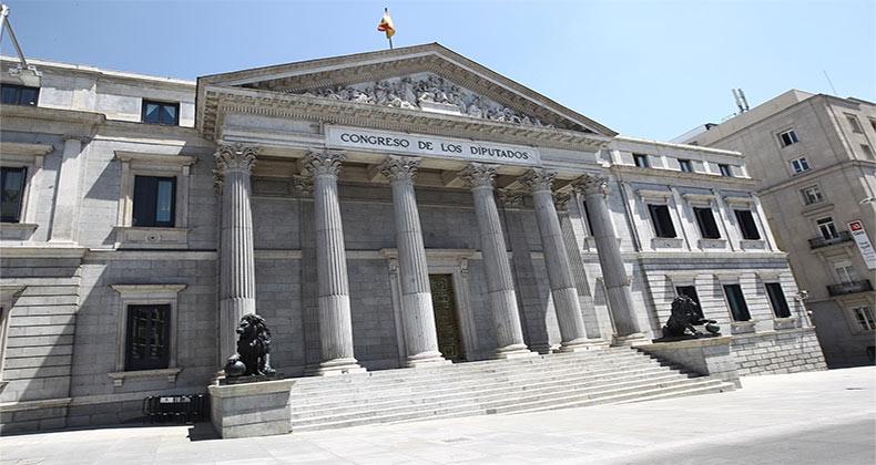 congreso-decide-pedir-gobierno-indemnizacion-20-dias-trabajadores-interinos