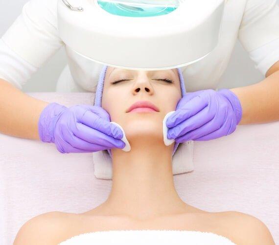Procedure of Vit-illume / Hydra-Facial