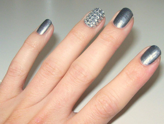 Lynnie's bling nails