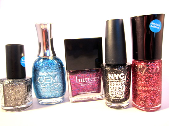 http://beaut.ie/2012/autumnal-nails-my-picks-plus-what-are-you-loving-on-your-nails-right-now/