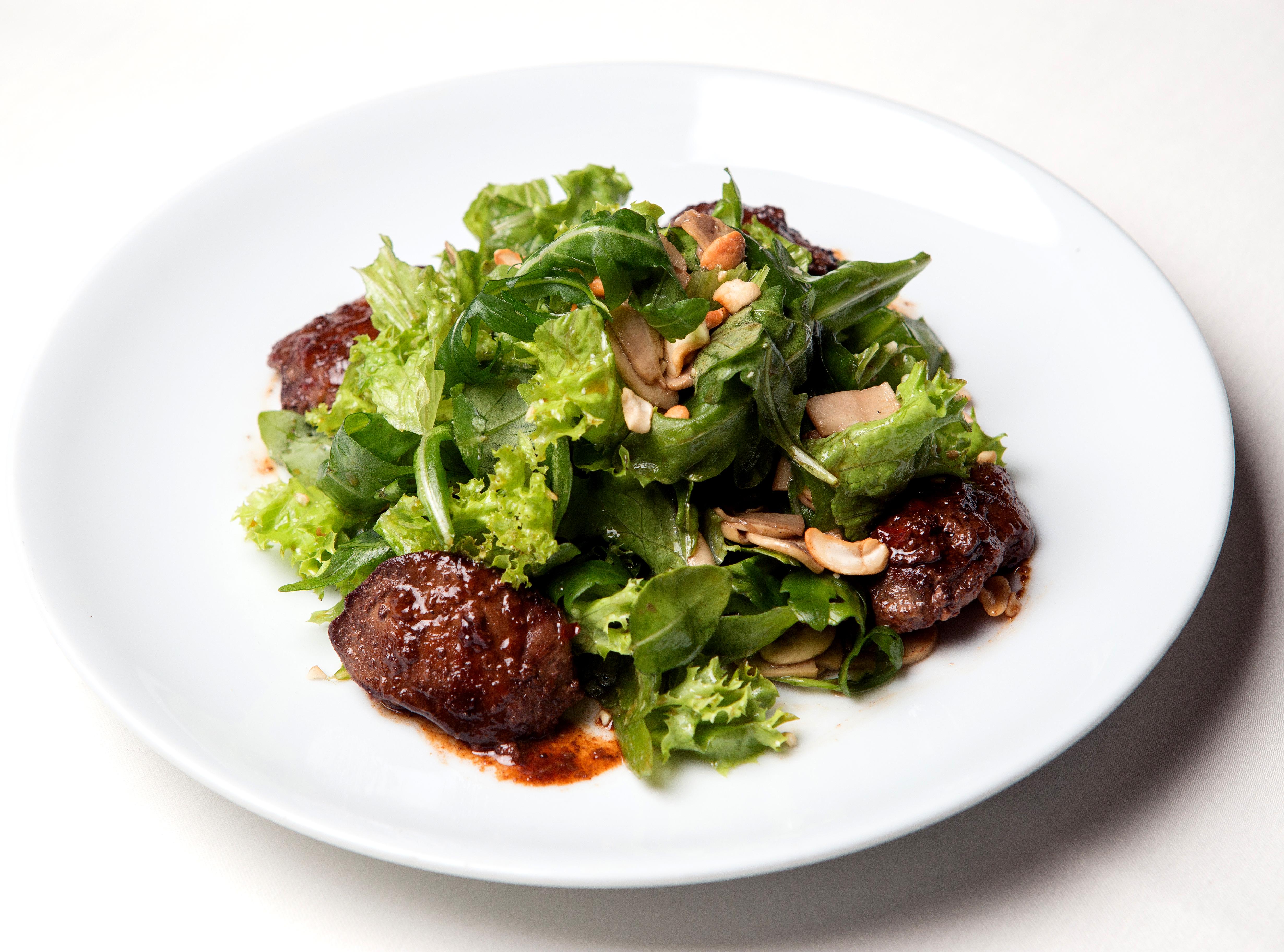 Салат из куриной печени с грибами и морковью рецепт с