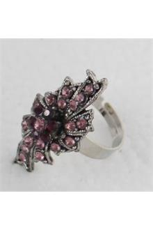 Silver Oval Studded Ladies Fashion Ring Wt Lilac Stones