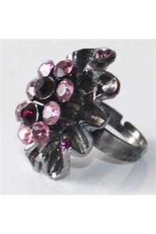 Silver Floral Design Fashion Ring Wt Lilac Stones