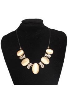 Fashion Jewelry Gold/Cream Ladies Necklace