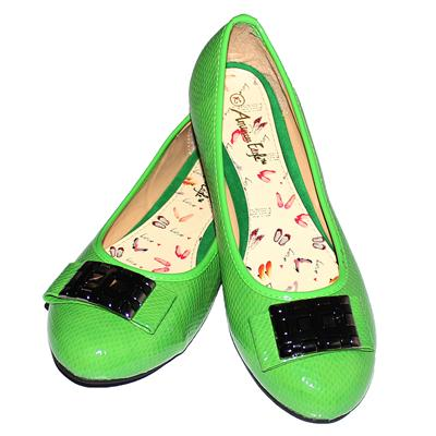 American Eagle Green Patent Leather Ladies Brass Bowed Flat Shoe