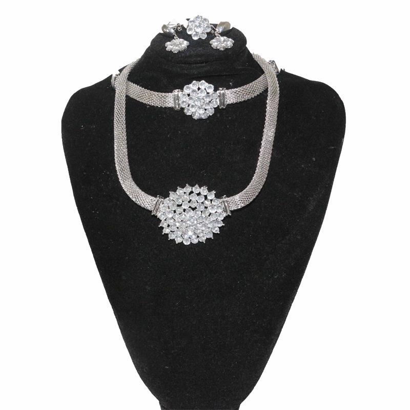 Fashion Silver Stoned Jewelry Set