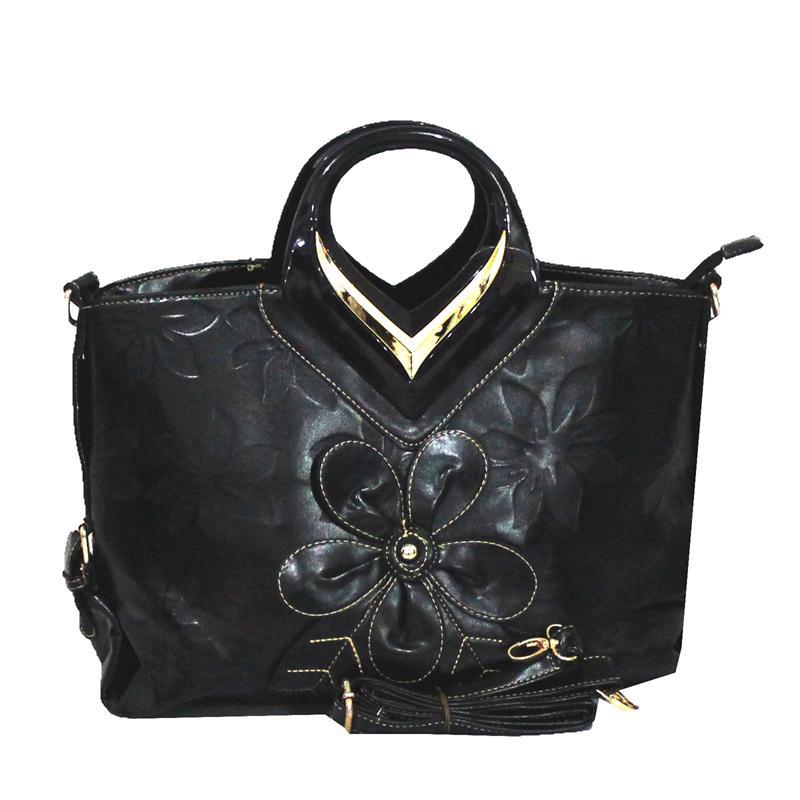 Sergio Roma Clutch Style Black Bag wt flower Desgin