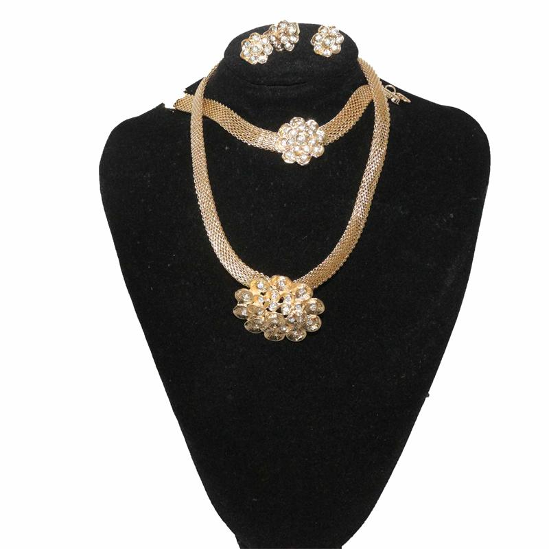 Fashion Gold/Silver Studded Jewelry Set
