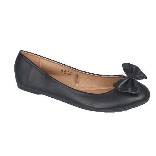 Coco's Black Ladies Leather Flat Shoe Wt Bow Design