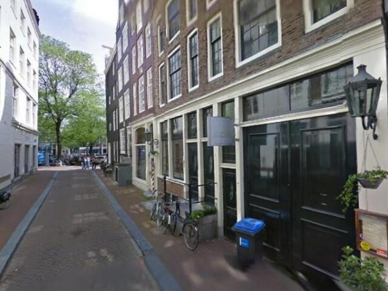 Pianeta Terra Amsterdam : Case ed appartamenti in vendita via del pianeta terra roma