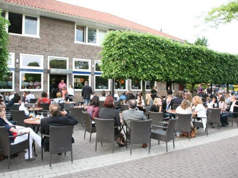 Reserveer een tafel bij restaurant het wapen van ermelo in ermelo for Lay outs terras van het restaurant
