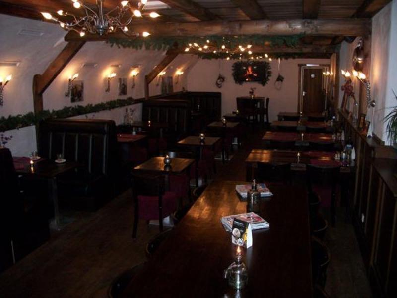 Onder De Kelders : Reserveer een tafel bij restaurant onder de kelders in leeuwarden