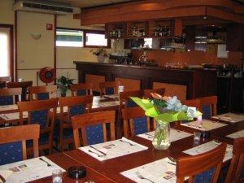 Reserveer een tafel bij restaurant de leeuw in veldhoven - Tafel leeuw ...