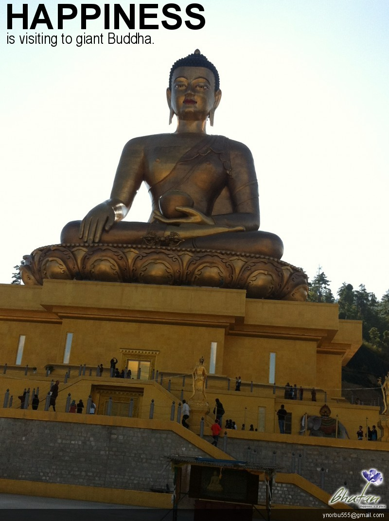 Happiness is visiting to giant Buddha.