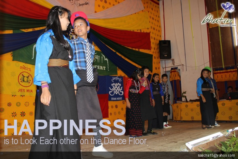 Happiness is to Look Each other on the Dance Floor