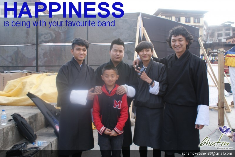 Happiness is being with your favourite band