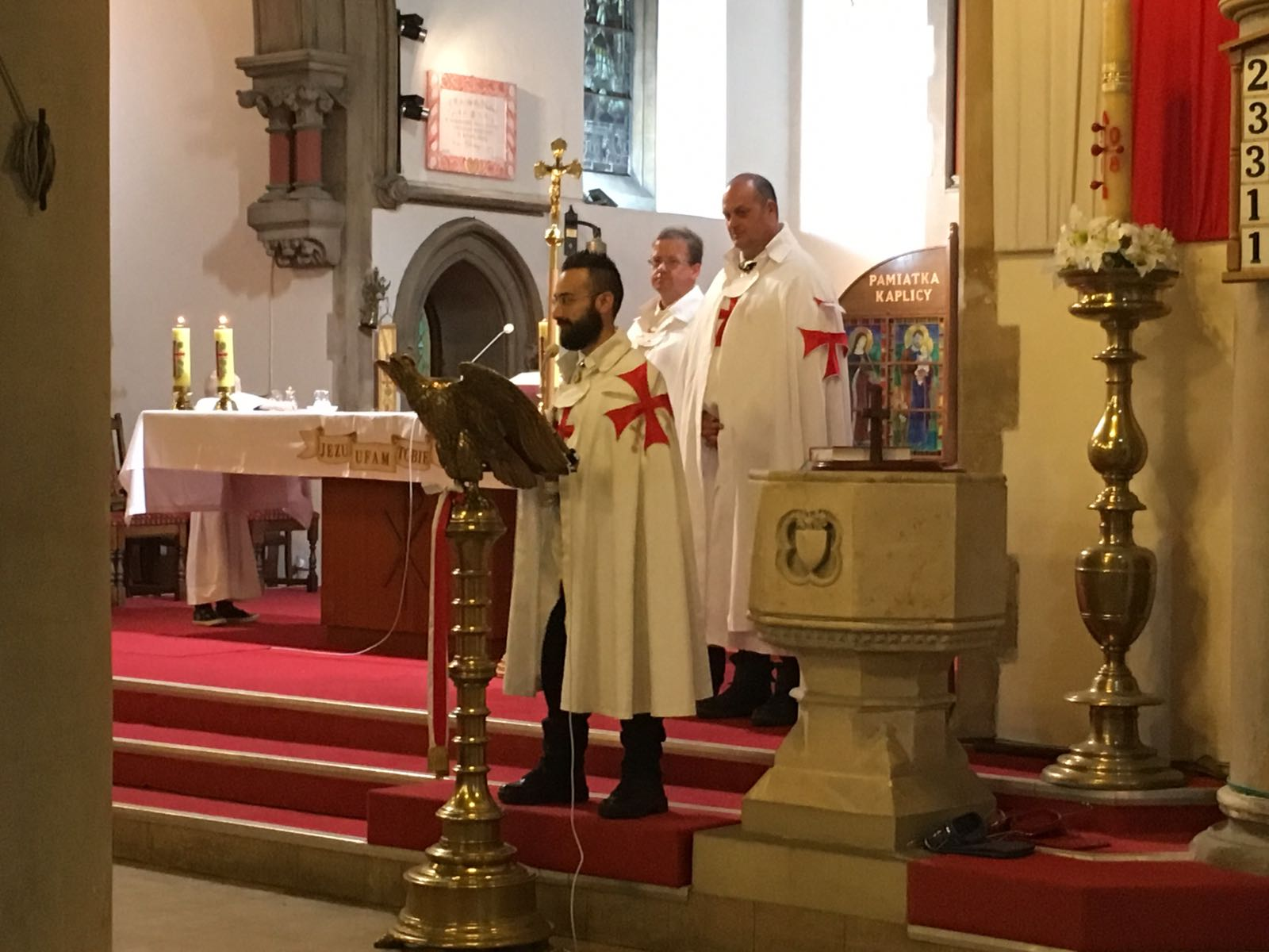 The Christian Templars of United Kingdom enshrine the catholic church of the Sacred Heart of Jesus in Reading and attend to a conference about the Ancient and the modern Templars