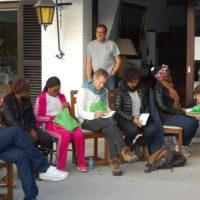 Isidore Sieleunou, Elizabeth Mago, Kévine Laure Nkaghere Mbuembue, Vincent Meessen, Marc Mestdagh (debout), Carol Sacré, Kéfilath Bello, Miguel de Clerck (en arrière-plan) et Virginie Jumel