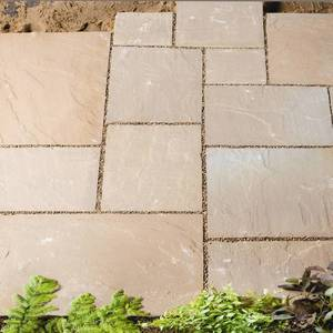 Image of: Natural Patio Slabs Kit 8.23sqm (Sienna Stone)